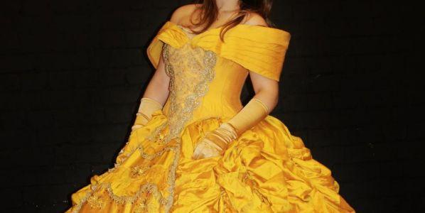 Ellie Growmadski-Owen as Belle.